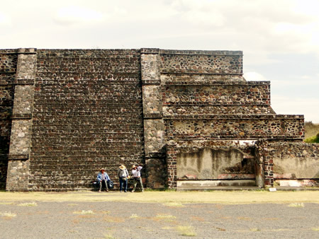 Teotihuacan Complex megalithic builders